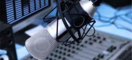 گویندگان رادیو در کرونا جهاد می کنند