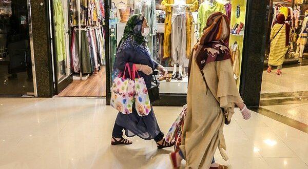 معاون هنری ارشاد اسلامی گیلان تاکید کرد:لزوم جایگزینی لباسهای فاخر با پوشاک نازل در ویترین